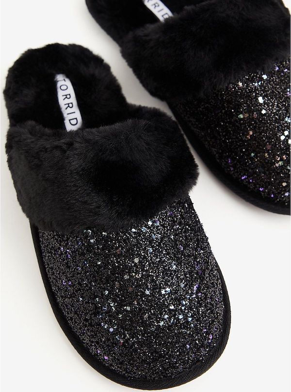 Wide-fit slippers in black glitter.
