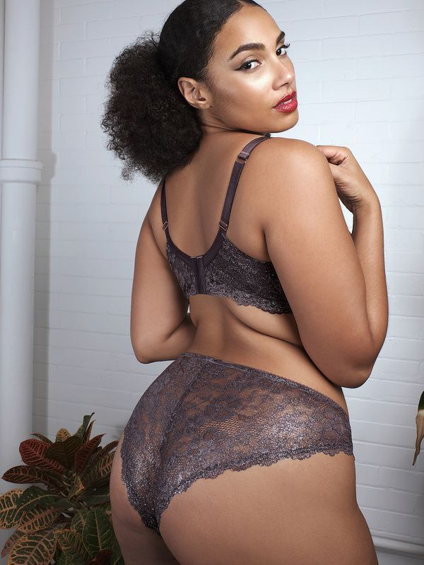 A model wearing plus-size lace panties.