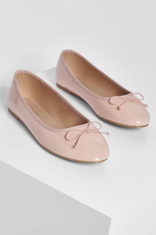 Wide-fit flats in pink.