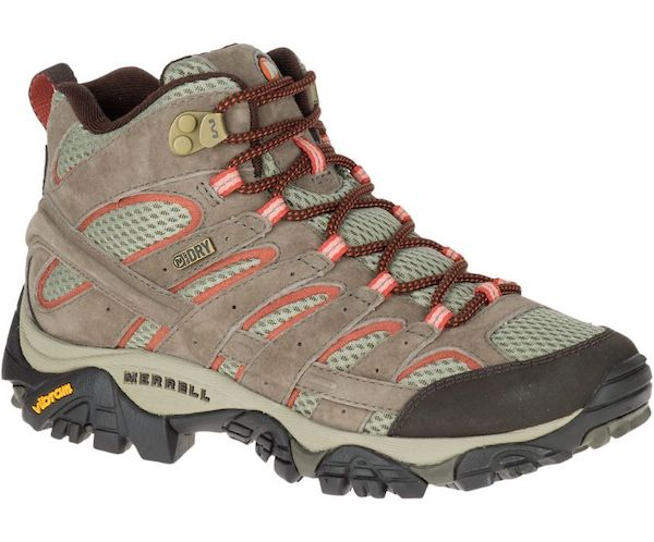 Wide-fit hiking boot in gray and pink.