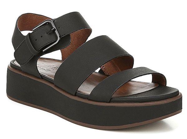 Wide-fit flat sandals in black.