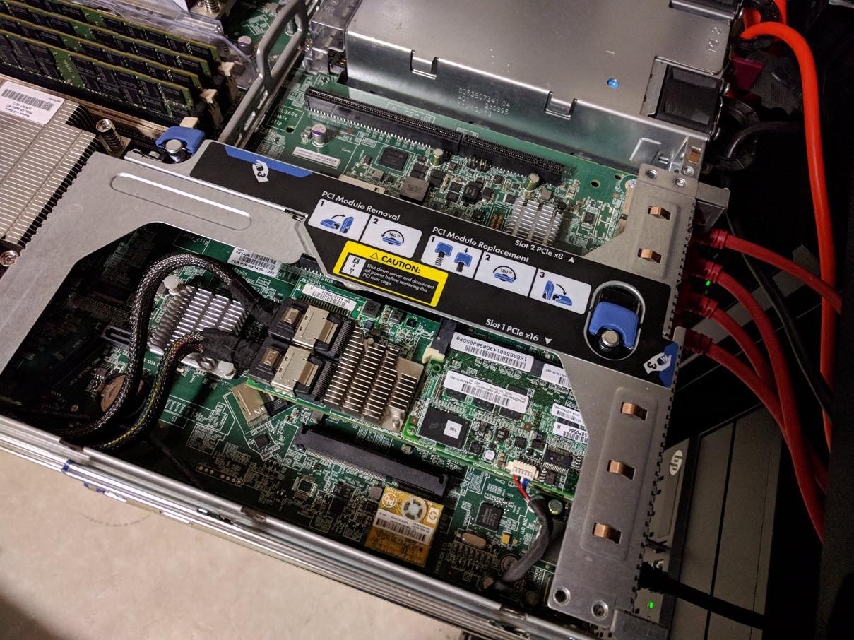 HP ProLiant DL360e Gen 8 - 02