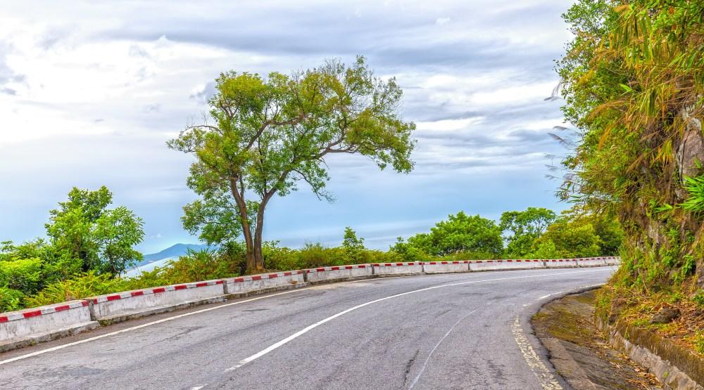 Picture of Hai Van Pass road