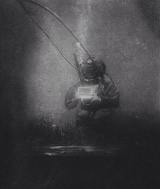 louis boutan french underwater photographer