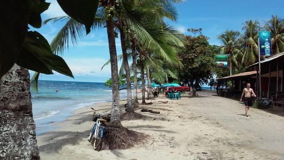 keanw_puerto_viejo_beach_road