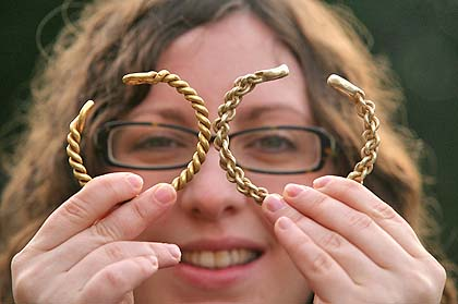 iron age gold necklace