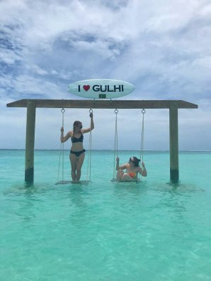 Photo of Gulhi Swing on bikini beach