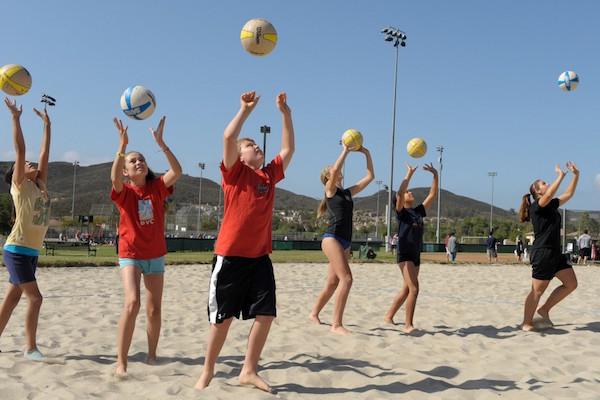 kids-setting-beach-600×400-jpeg