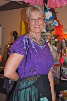 Lynette Vandeveer creates jewelry from the heart - lynD Jewelry Design