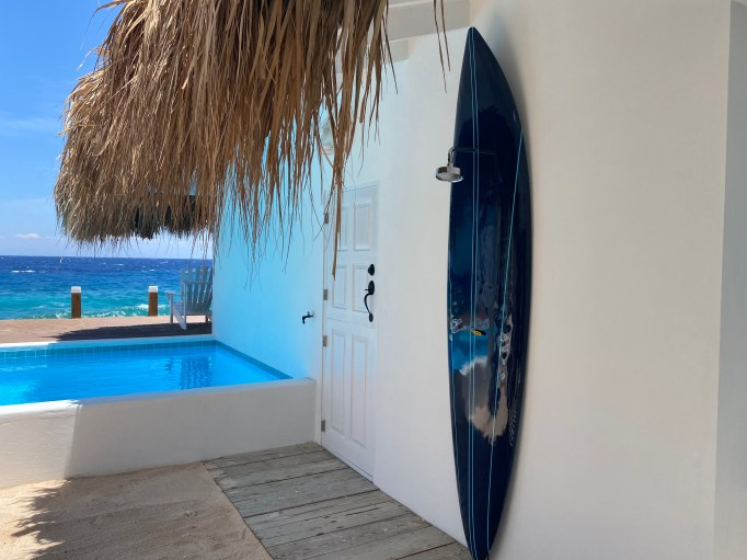 Holiday home Curacao: Outdoor shower