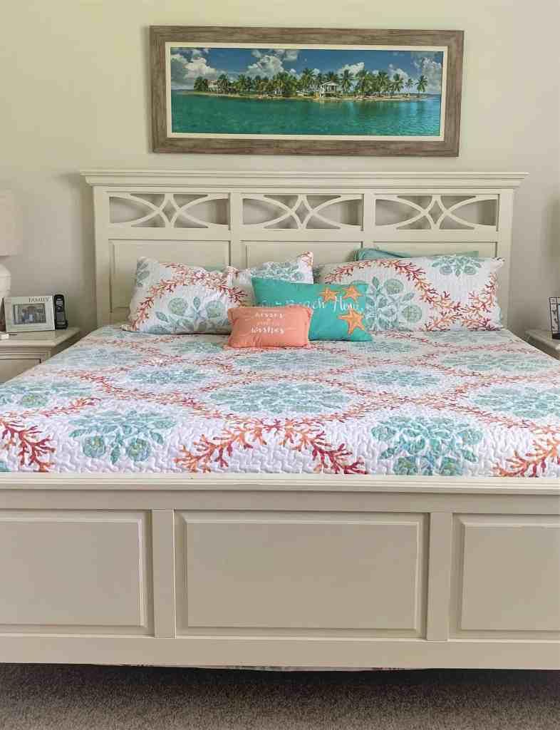 The Best Coastal Style Comforters For Your Beach House - Beach House Bedding Ideas - Peach and Teal