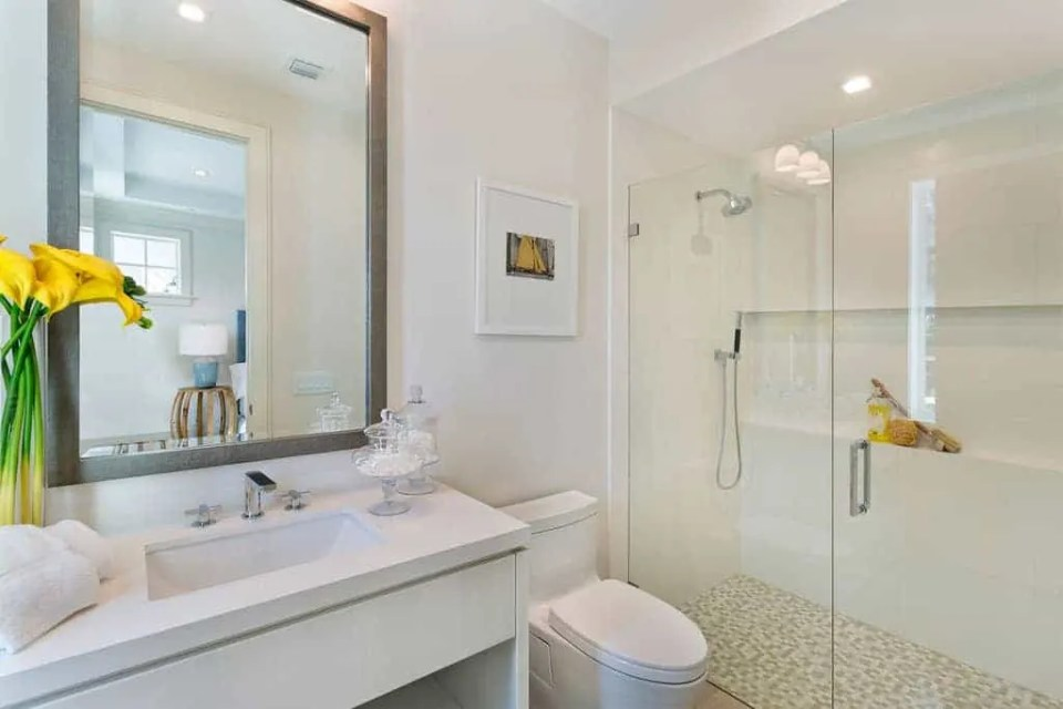 Island Contemporary - Beach House Tour - Beach House Coastal Decor Ideas - Air Bnb in Delray Beach Florida - Guest Bathroom