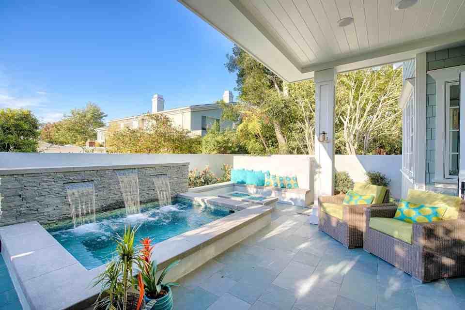 Blue Coastal Dream   Beach House Decor Ideas    Outdoor area with soaking pool and bright deep seating
