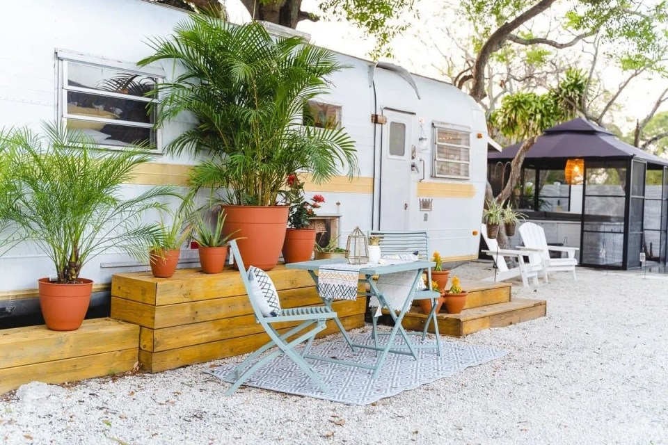 Outdoor Patio Table - Bohemian Style Interior Design Tiny House
