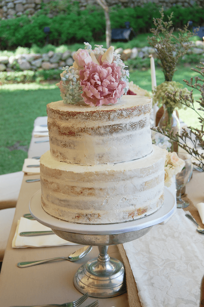 Wedding Naked Cake in the Buff