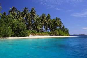 Stunning beach on Makora Island, off the north coast of Nias Island, Indonesia