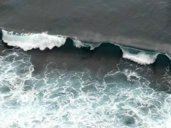Rolling dark wave
