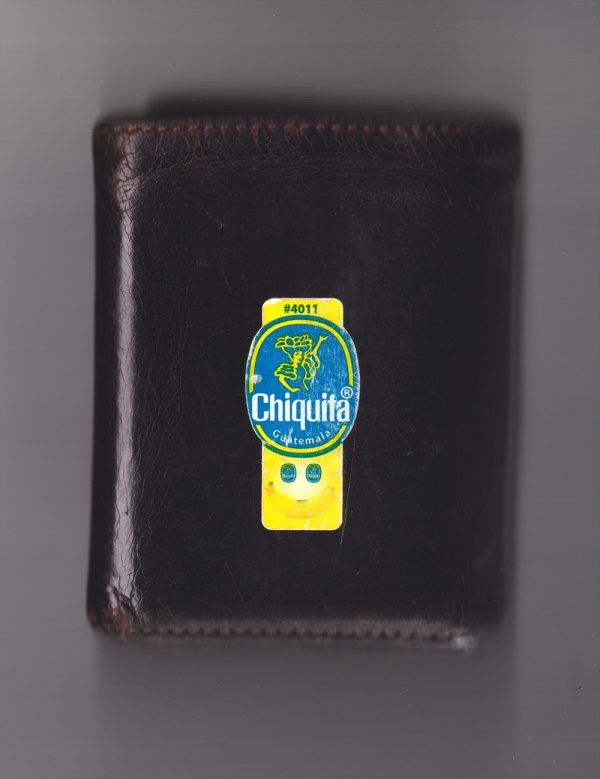 Wallet-w-Chiquita-Sticker-when-products-smile