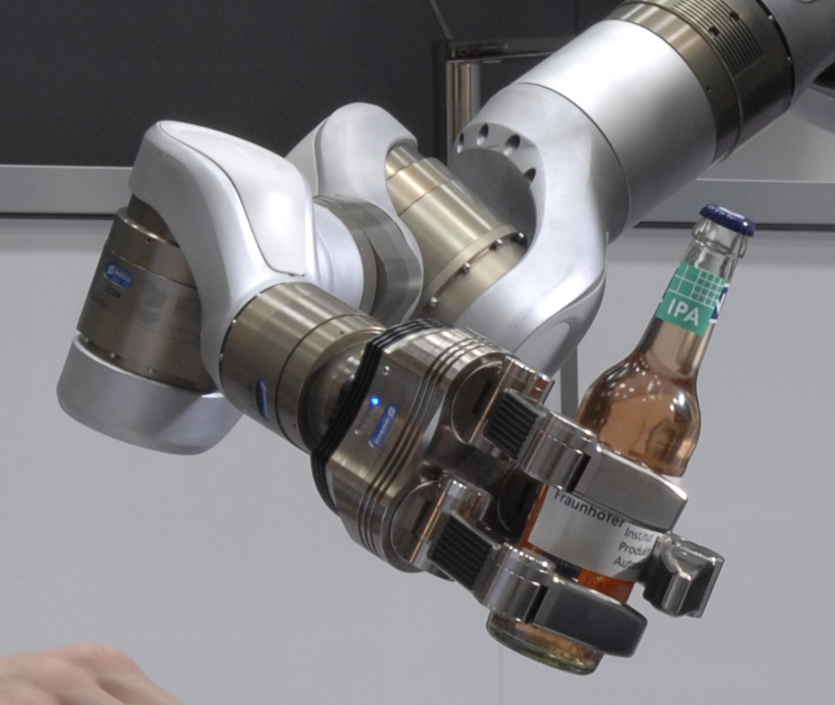 RobotBeerHand