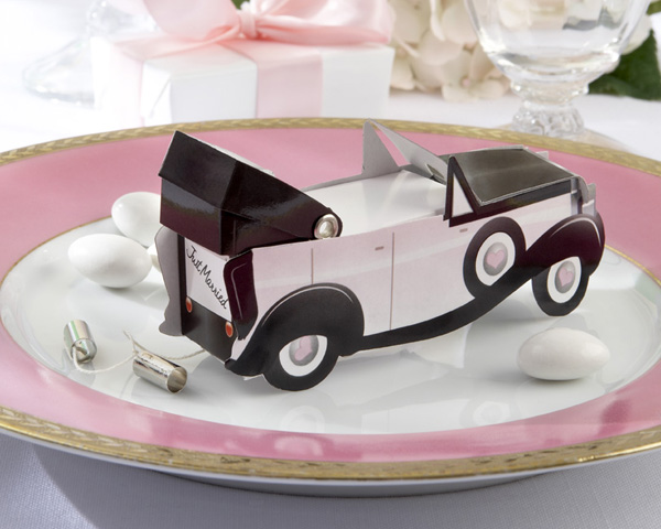 Getaway_car_favor_box_wedding_favor