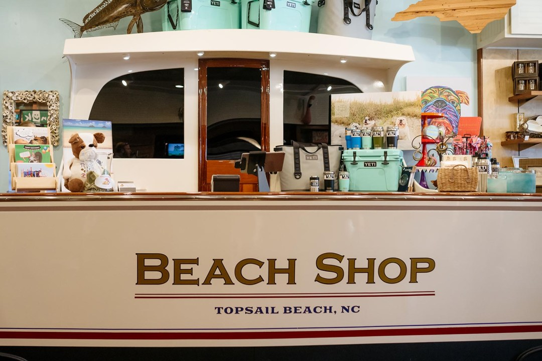 The counter in the Beach Shop looks like the back of a yacht!