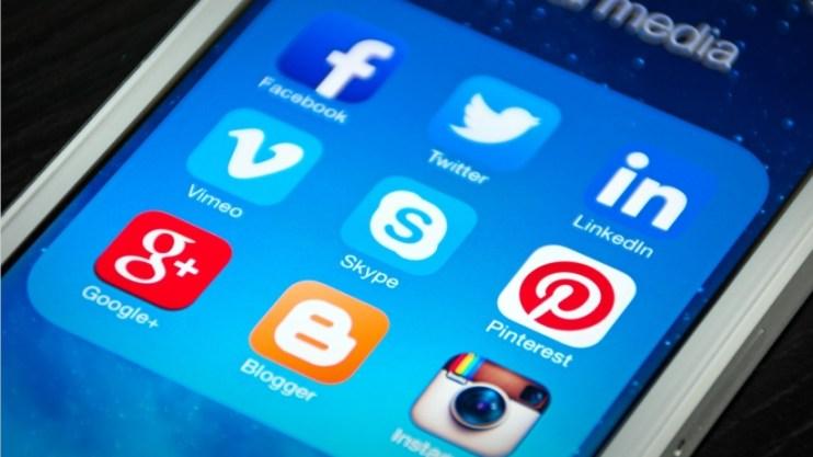 20150428223214-social-media-facebook-twitter-instagram