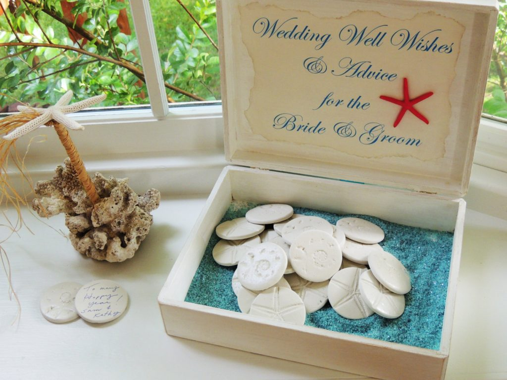 5 Wedding Guest Book Alternatives You'll Fall In Love With