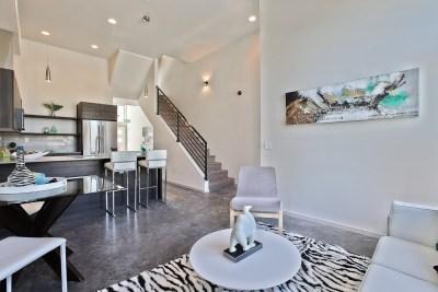 1520 living room walls