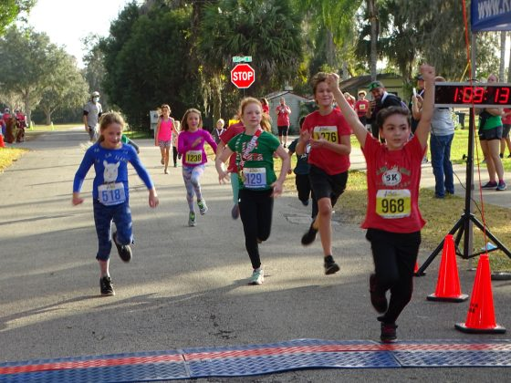 <p><p><strong>DON'T FORGET THE KIDS...</strong>— Youngsters near the finish in the kids' race that was part of the Stress Buster 5K event. According to their bib numbers, the youths are, from left, A. Messina, J. Peach (in back), Ruby Lagare, J. Gorman and Giovanni Frasca.</p></p><p>BEACON PHOTO/MARSHA MCLAUGHLIN</p>