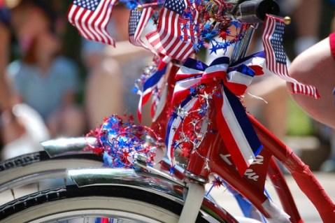 patriotic_decorated_bike