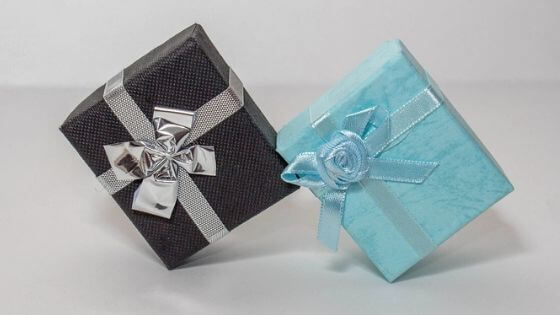 Gift boxes - When making custom jewelry, packaging is important.