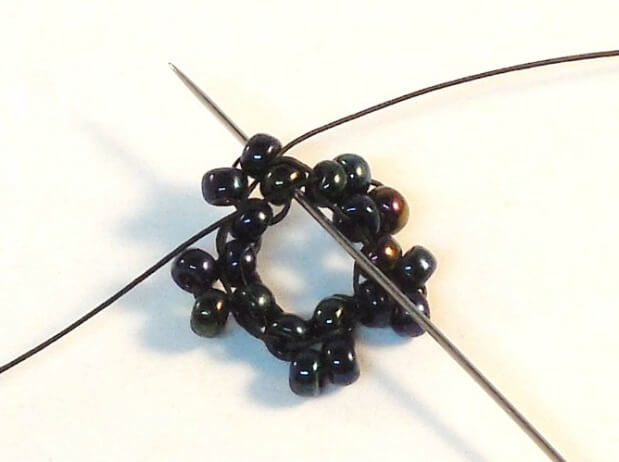Dark Bloom Earrings Pattern - Step 5
