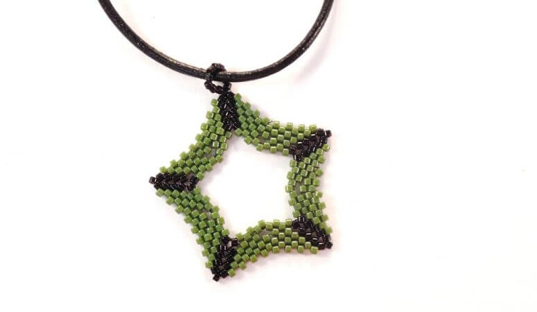 5 Fun Things You Need To Make Using Peyote Stitch