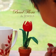 French beaded flowers: mini tulip pot by Fen Li, Bead Flora and Jewels, Bead Flora Studio