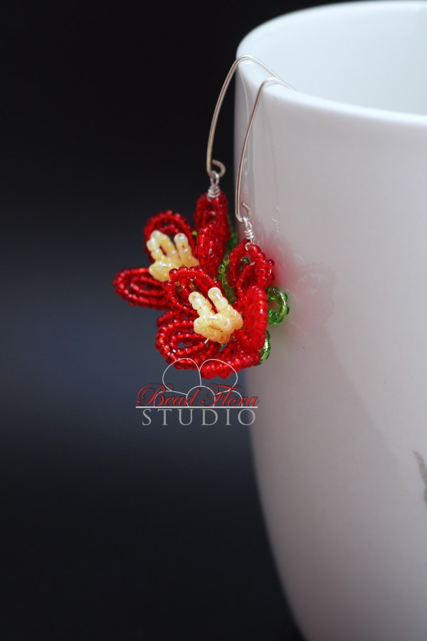 French beaded Spring Blossom flower earring pattern and tutorial