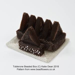 Toblerone Beaded Ornament Box Pattern, Katie Dean, Beadflowers
