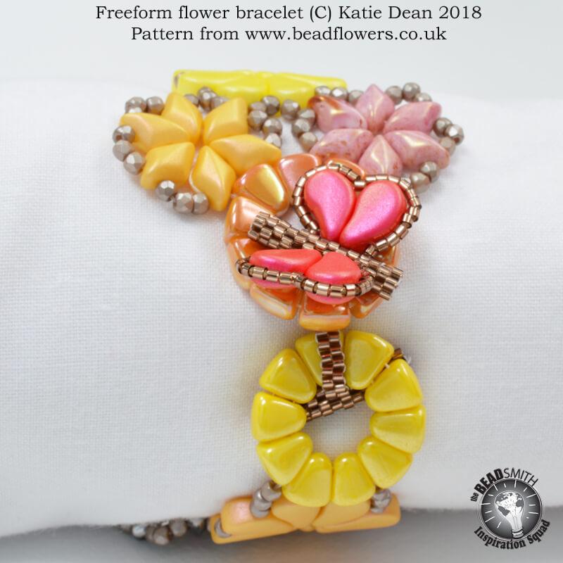 Freeform flower bracelet pattern, Katie Dean, Beadflowers