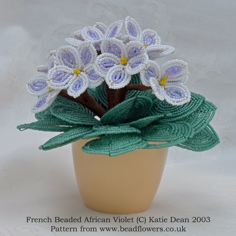French beaded African Violet kit and pattern, Katie Dean, Beadflowers