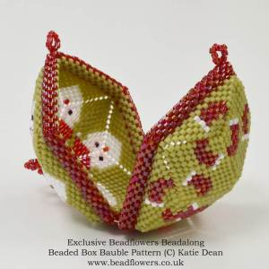 Santa bauble beaded box pattern, Katie Dean, Beadflowers