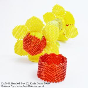 Daffodil beaded box pattern, Katie Dean, Beadflowers