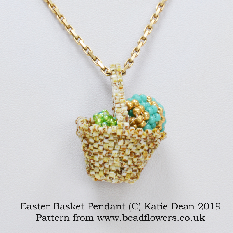 Easter basket pendant beading pattern, Katie Dean, Beadflowers