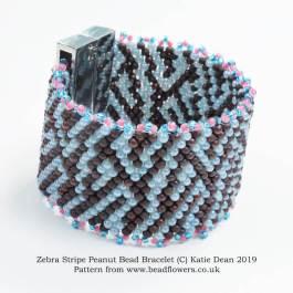Zebra stripe bracelet pattern, with Peyote stitch and peanut beads, Katie Dean, Beadflowers
