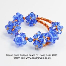 Bicone cube beaded bead pattern, Katie Dean, Beadflowers April 2019 beading patterns