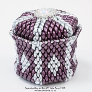 Superduo beaded box tutorial with video, Katie Dean, Beadflowers, Teachable My World of Beads