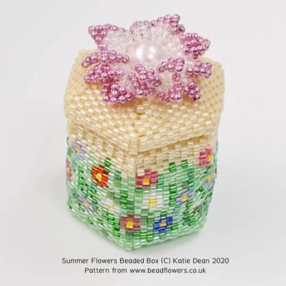 Summer flowers beaded box pattern, Katie Dean, Beadflowers