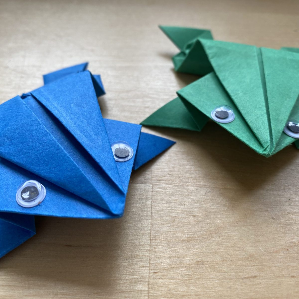 jumping paper frogs