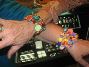 bracelets that pop