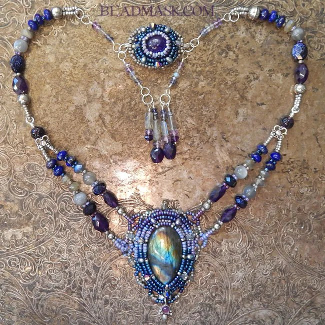 labradorite-beadwoven-necklace3