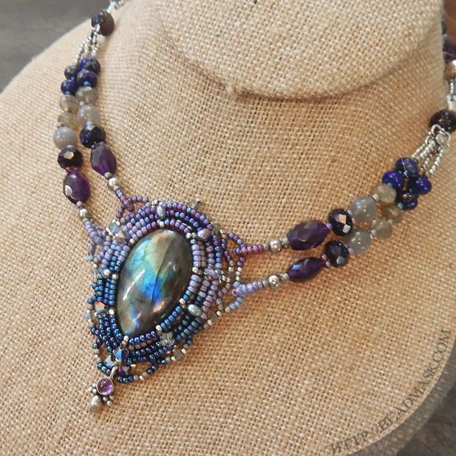 labradorite-beadwoven-necklace5