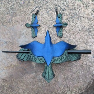 raven hair pin and earrings